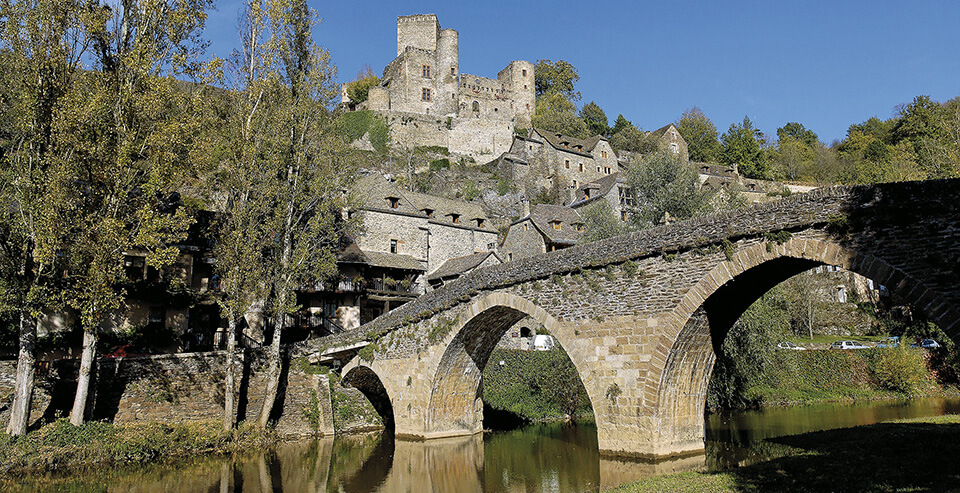 Belcastel, museum-village situated between Villefranche-de-Rouergue and Rodez