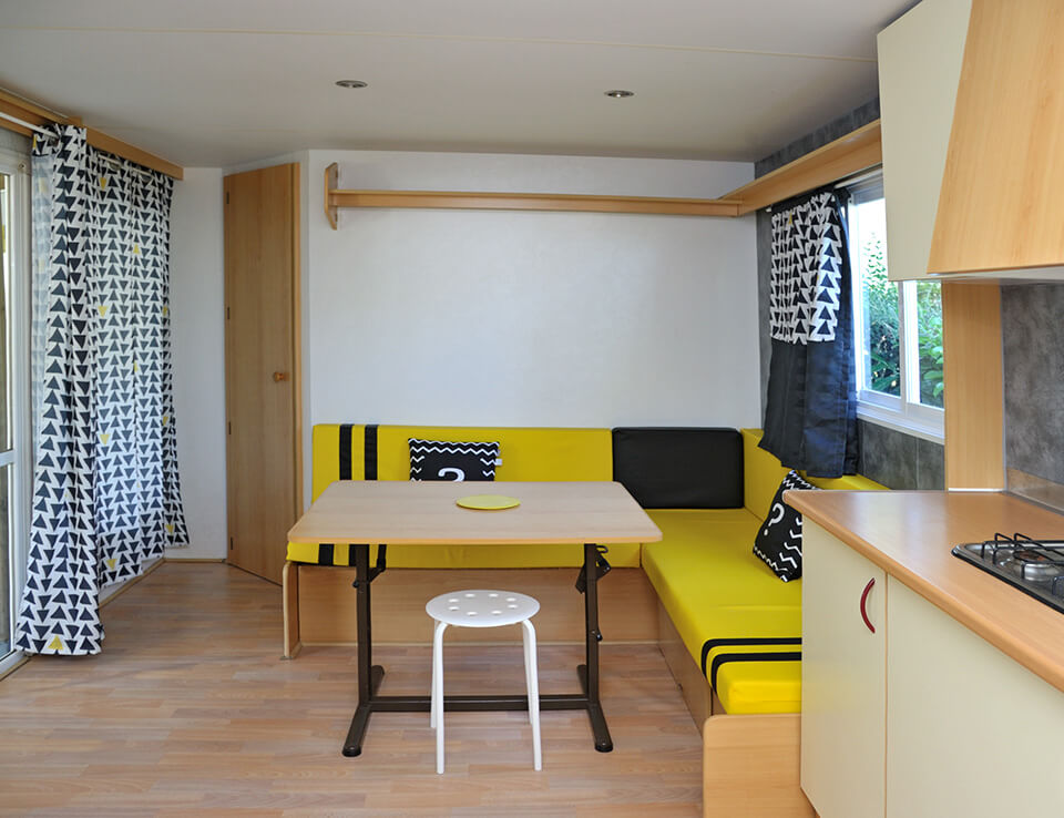 Kitchen of the bleuet mobile home 4 people Mobile home up for rental located in Aveyron